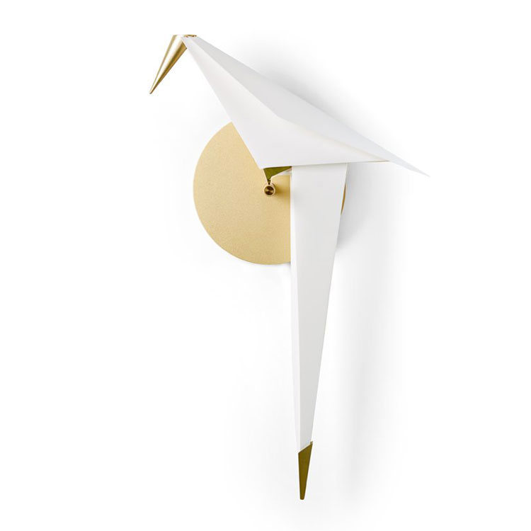 Modello di applique per camera da letto di design n.01