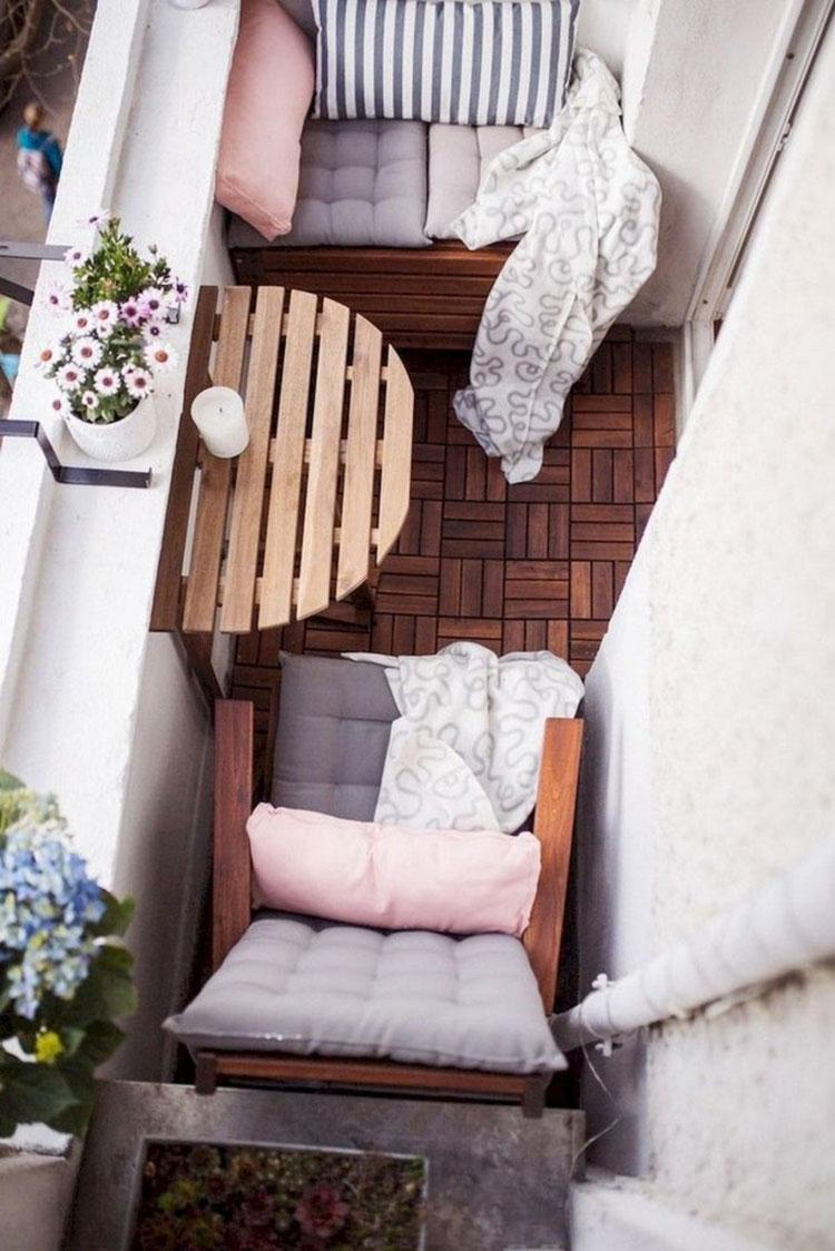 Idee per arredare un balcone piccolo n.12