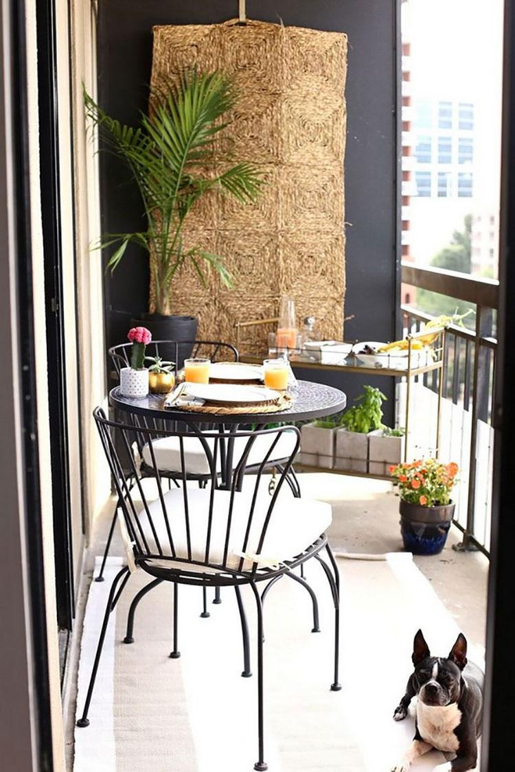 Idee per arredare un balcone piccolo n.19