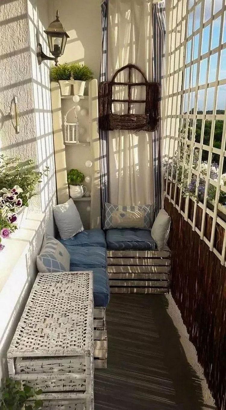 Idee per arredare un balcone piccolo n.23
