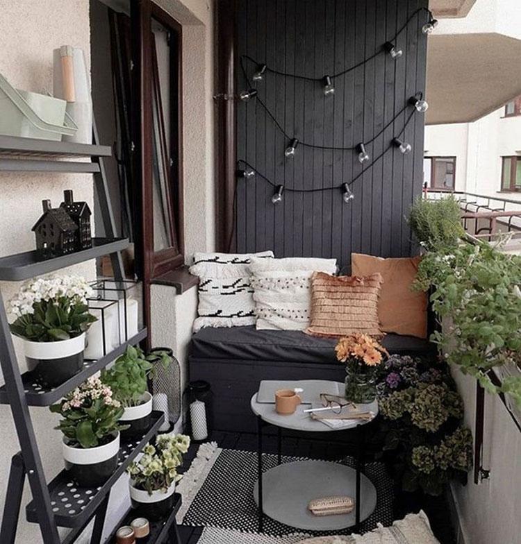 Idee per arredare un balcone piccolo n.25