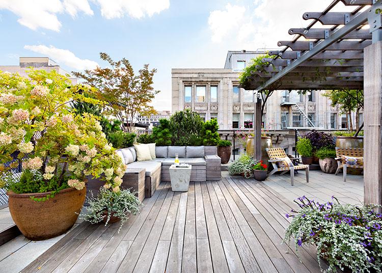 Idee per arredare il terrazzo di un appartamento n.07