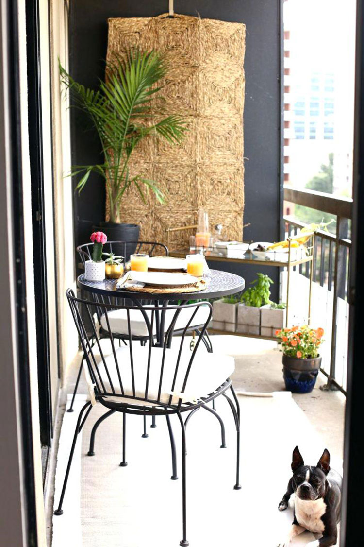 Idee per arredare il terrazzo di un appartamento n.15