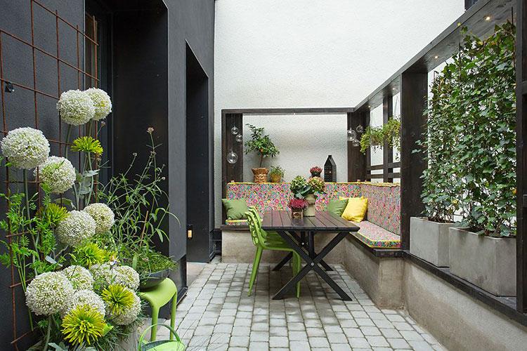 Idee per arredare il terrazzo di un appartamento n.29