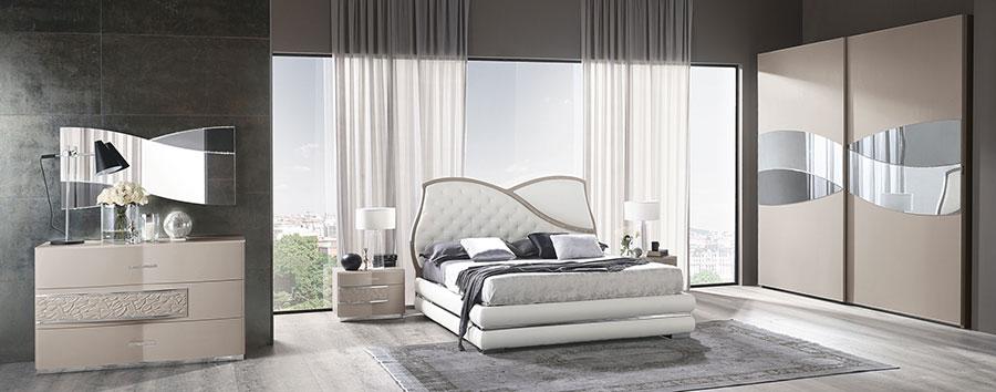 Modello di camera da letto contemporanea con Swarosvki n.05