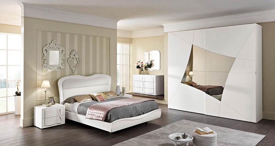 Modello di camera da letto contemporanea n.05