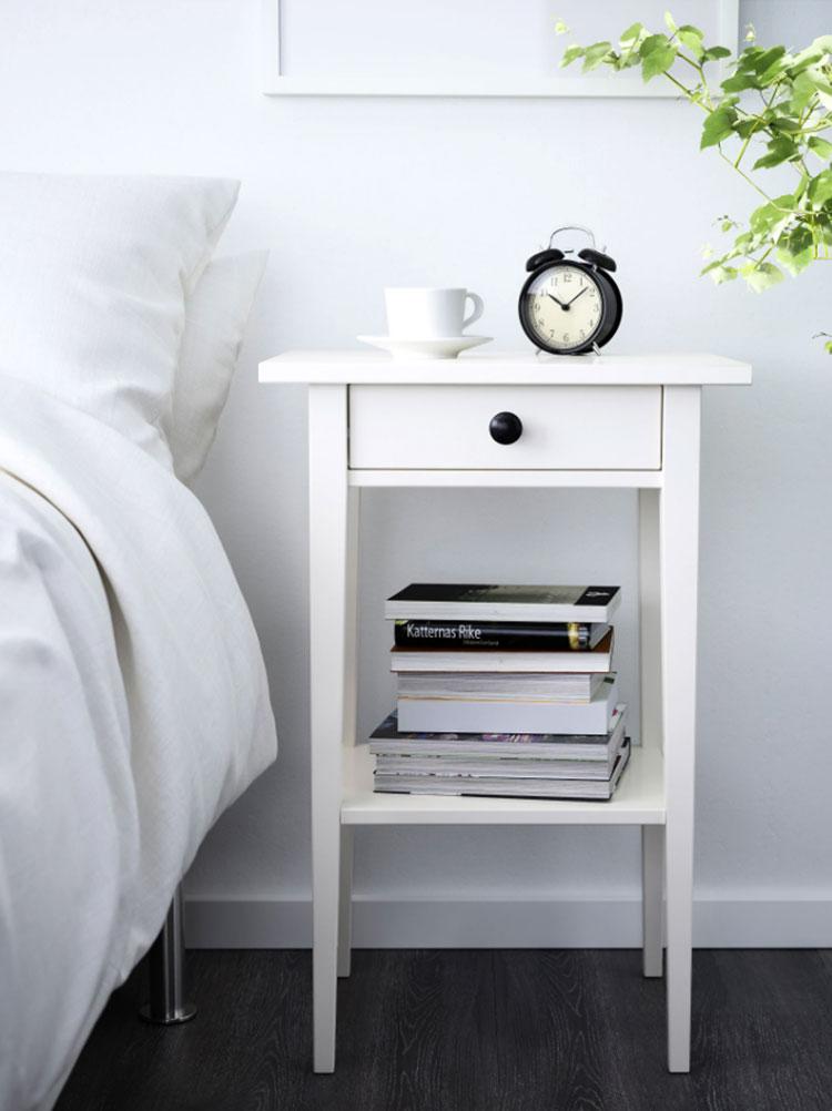 Modello di comodino shabby chic Ikea n.01