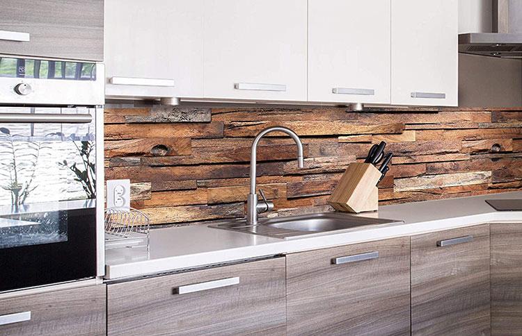 Modello di paraschizzi per cucina adesivo effetto legno n.01