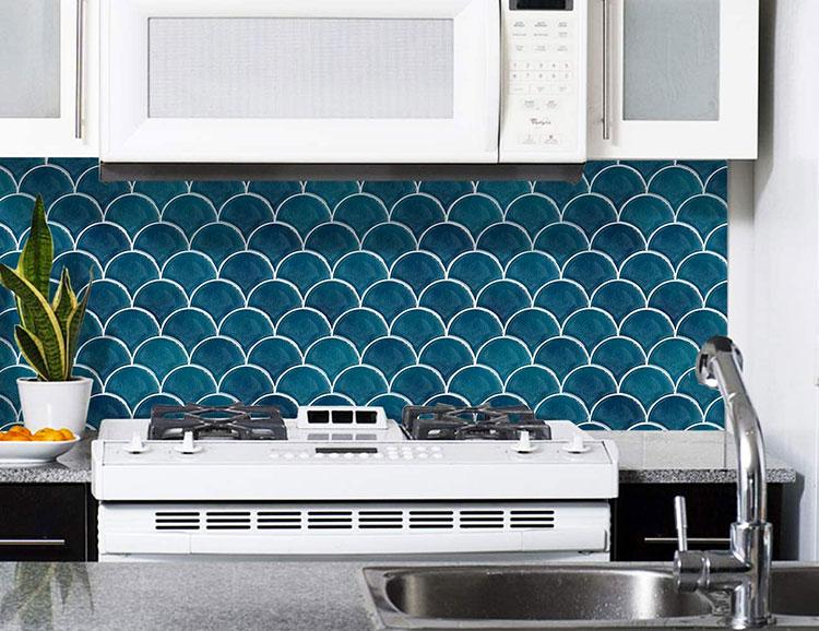 Modello di paraschizzi per cucina adesivo effetto mosaico n.04