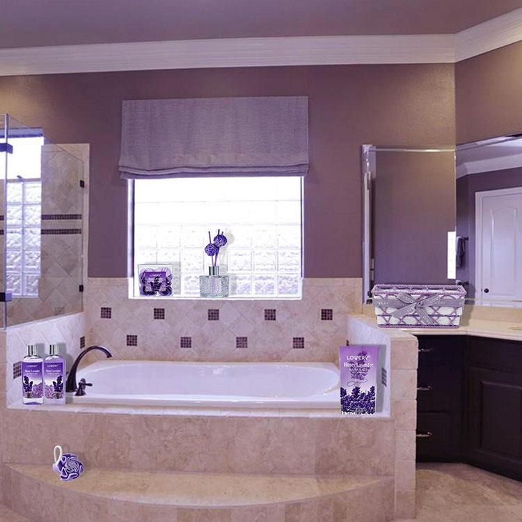 Pareti per bagno colore lavanda 05