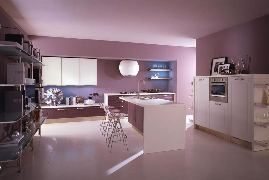 Pareti cucina colore lavanda 01