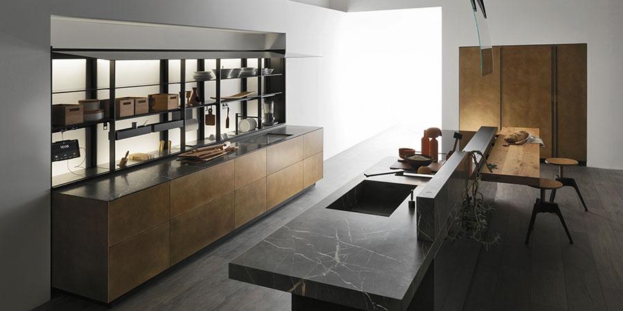 Ottone tra i materiale di tendenza per cucine 2020