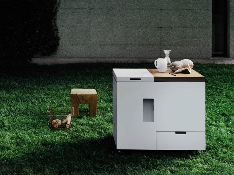 Cucina da esterno dal design moderno e funzionale n.27