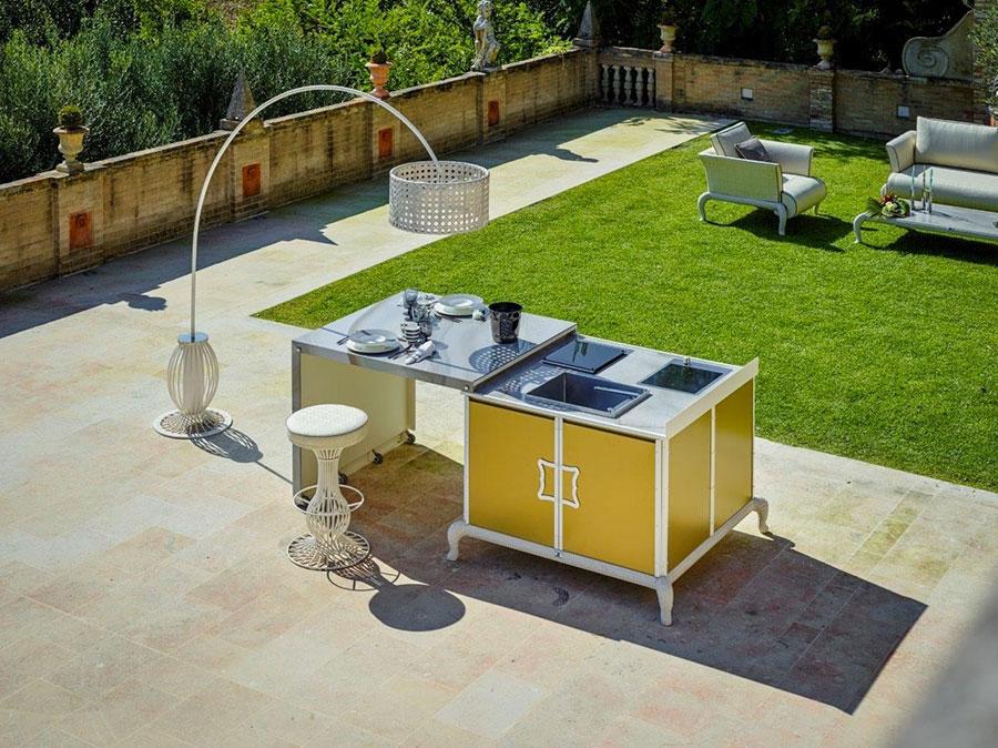 Cucina da esterno dal design moderno e funzionale n.29