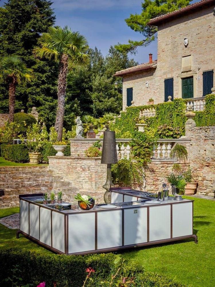 Cucina da esterno dal design moderno e funzionale n.30