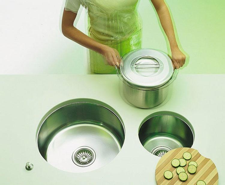 Modello di lavello da cucina in acciaio 06