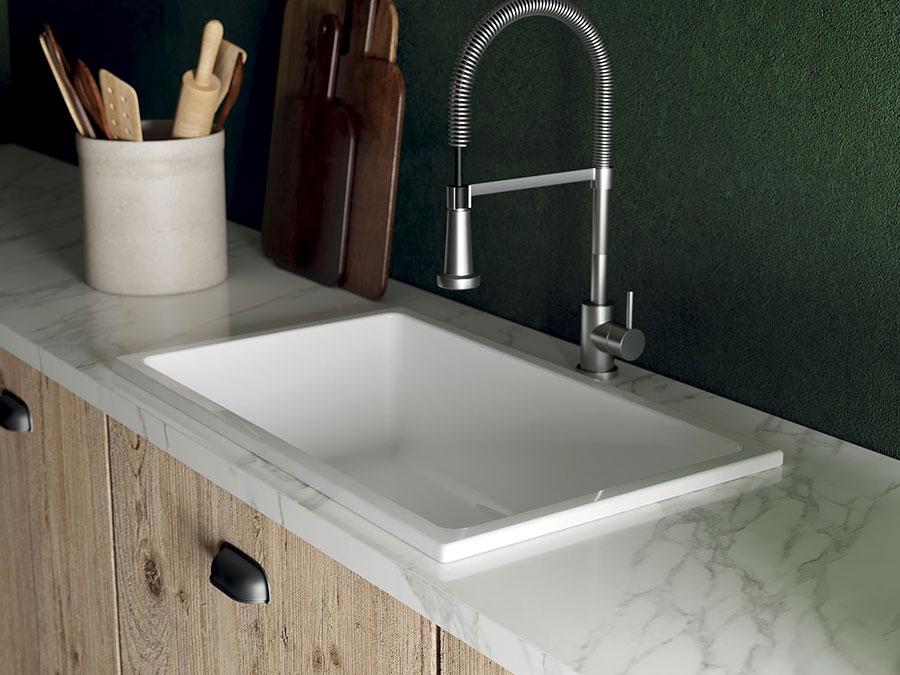 Modello di lavello da cucina in ceramica n.02