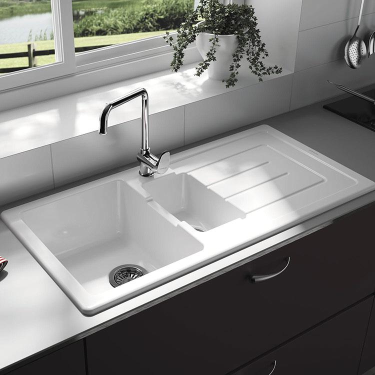 Modello di lavello da cucina in ceramica n.03