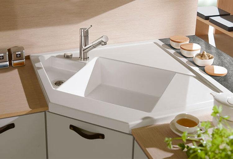 Modello di lavello da cucina in ceramica n.06