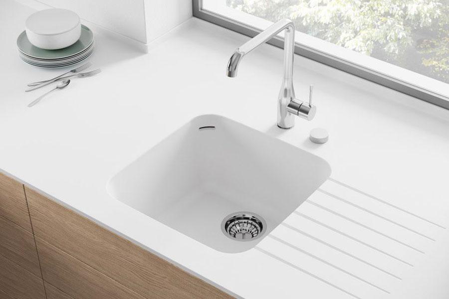 Modello di lavello da cucina in resina 04
