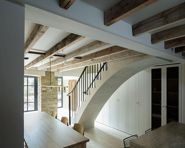 Modello di scale interne in muratura n.08