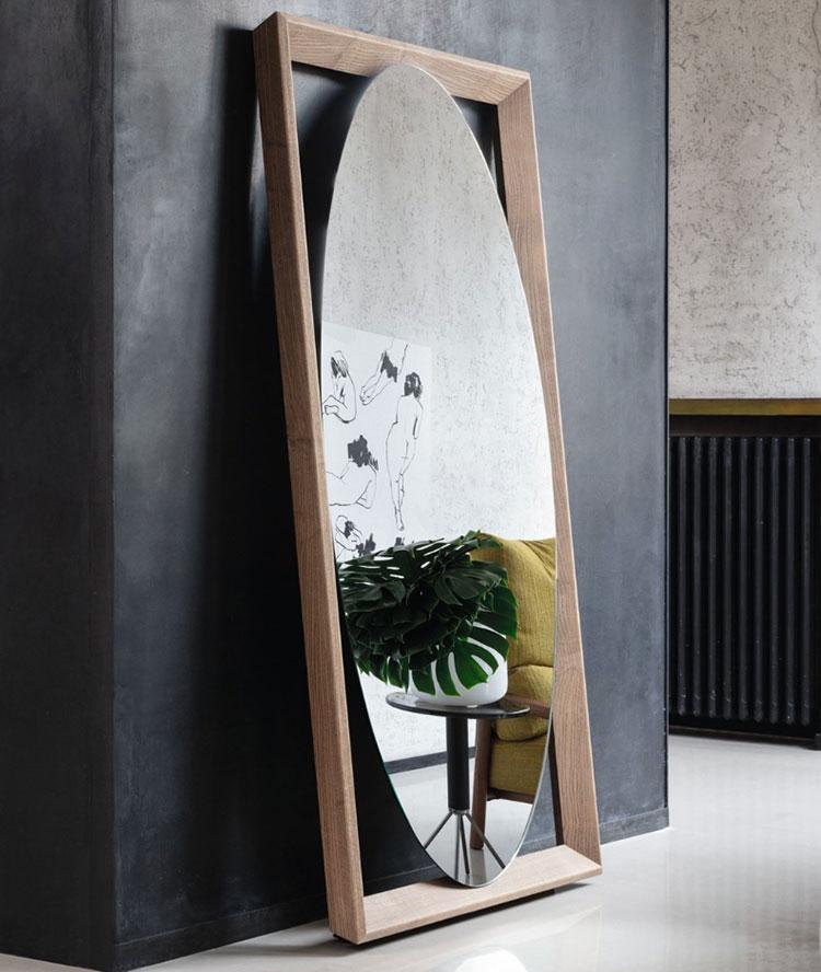 Specchio da terra per ingresso di design n.02