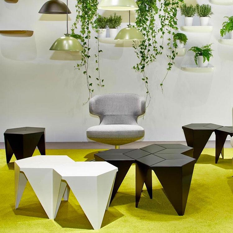 Modello di tavolino da salotto dal design moderno n.02