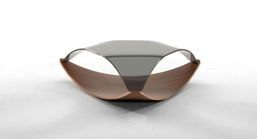 Modello di tavolino da salotto in vetro n.01
