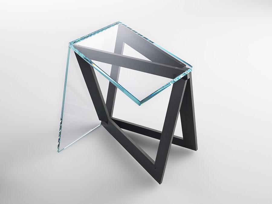 Modello di tavolino da salotto in vetro n.13