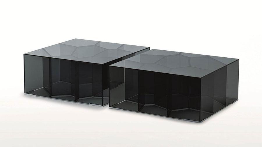 Modello di tavolino da salotto in vetro n.23