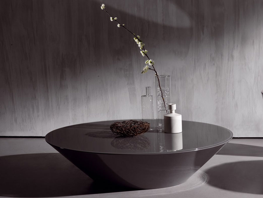 Modello di tavolino da salotto in vetro n.28