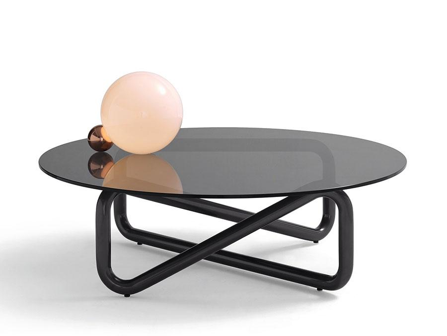 Modello di tavolino da salotto in vetro n.37