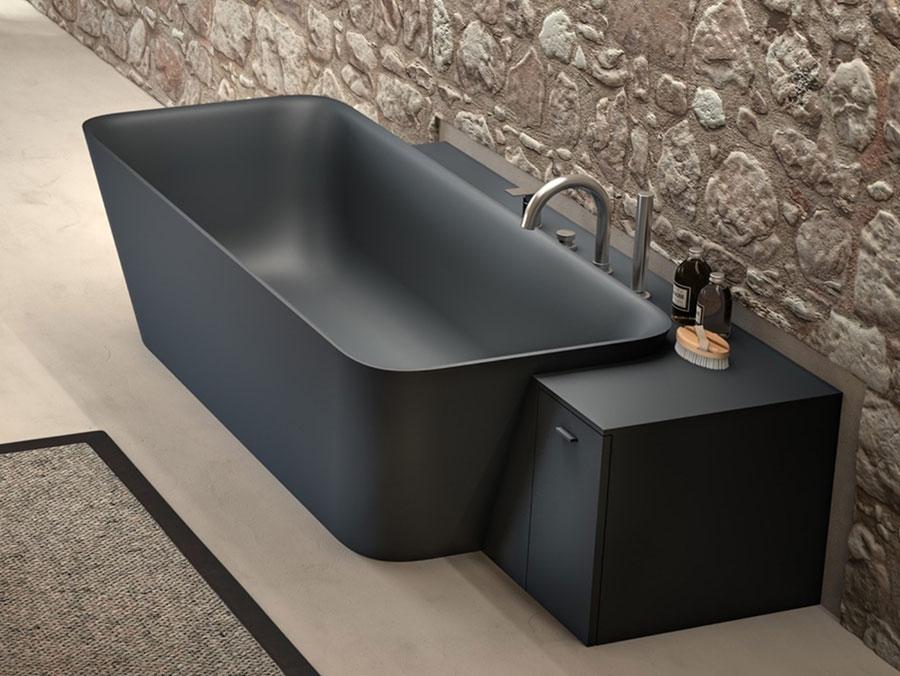 Modello di vasca da bagno nera n.17