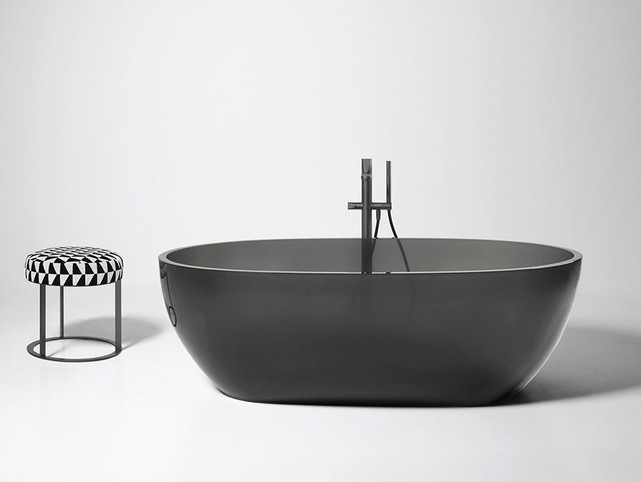 Modello di vasca da bagno nera n.20