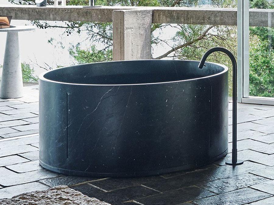 Modello di vasca da bagno nera n.21