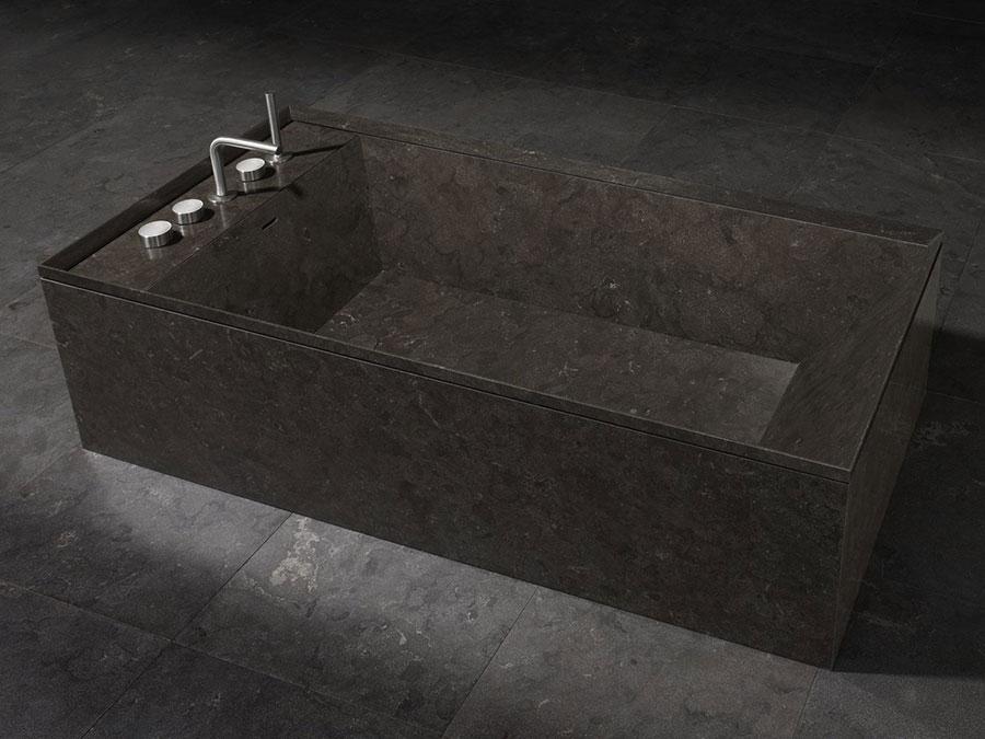 Modello di vasca da bagno nera n.27