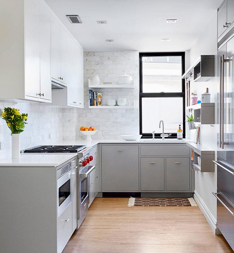 Idee per una cucina ad angolo con finestra n.04