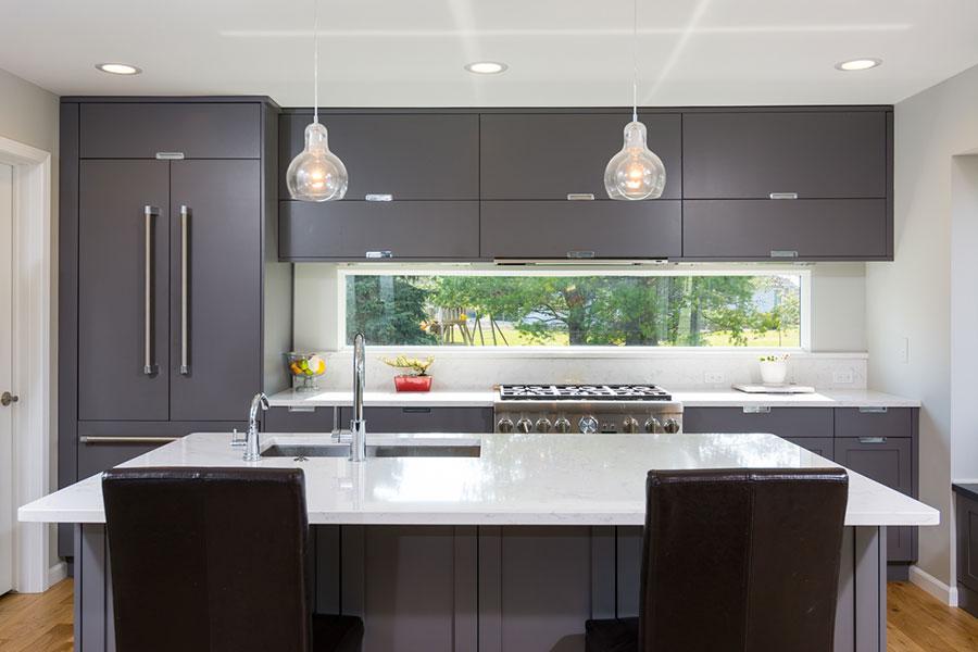 Idee per una cucina finestra lunga n.06