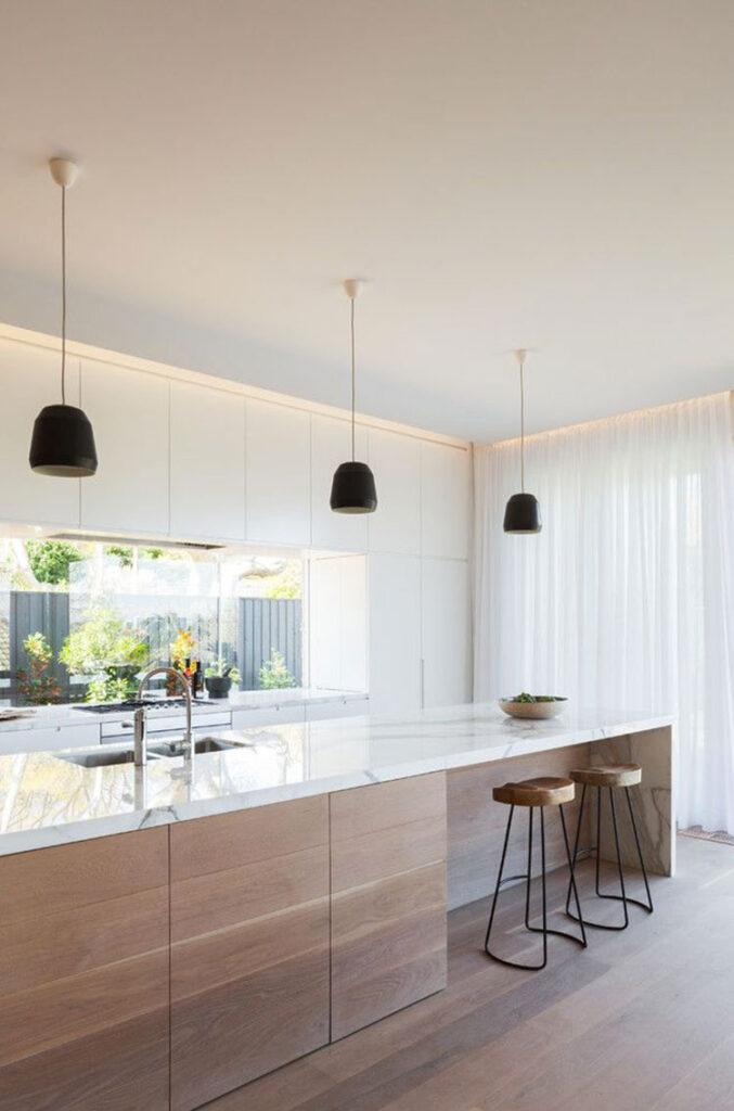 Idee per una cucina finestra lunga n.08
