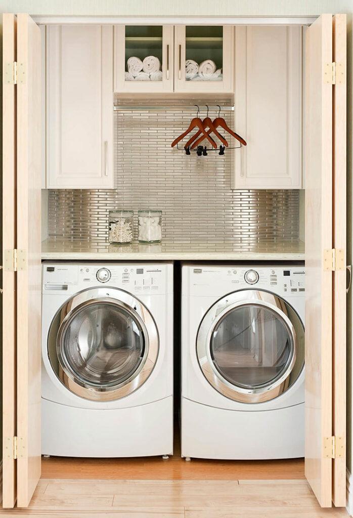 Idee per organizzare una lavanderia piccola n.04