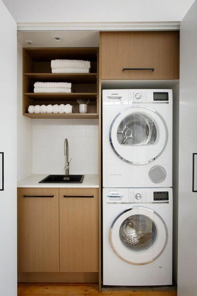 Idee per organizzare una lavanderia piccola n.09