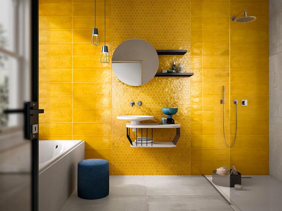 Rivestimenti per bagno giallo 01