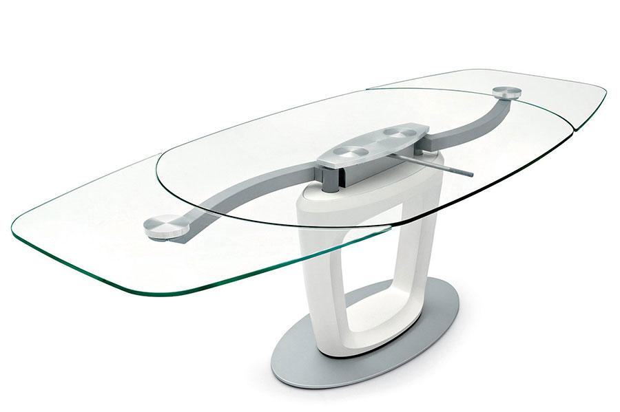 Modello di tavolo rotondo allungabile 12 posti 01