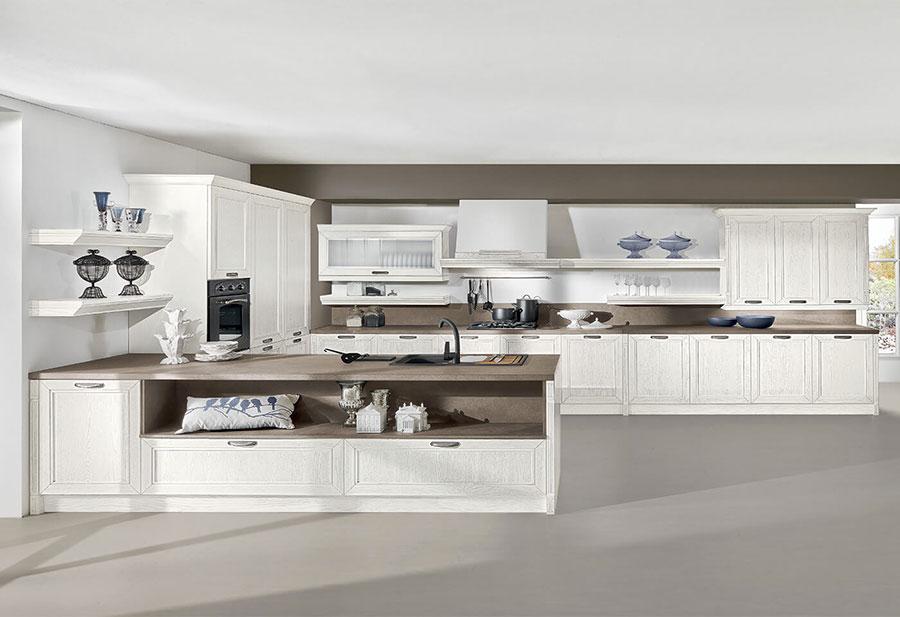 Modello di cucina classica moderna n.07