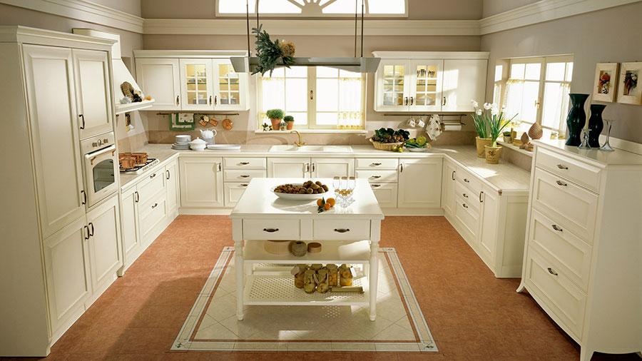 Modello di cucina classica moderna n.19