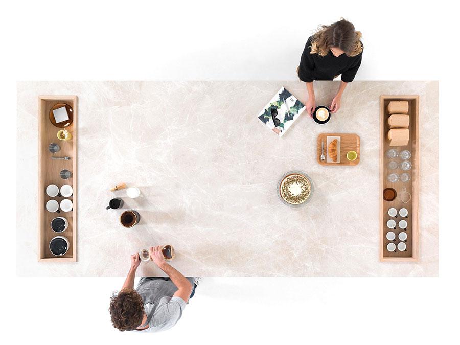 Cucina in gres effetto marmo n.07
