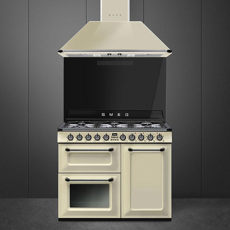 Modello di cucina vintage Smeg n.06
