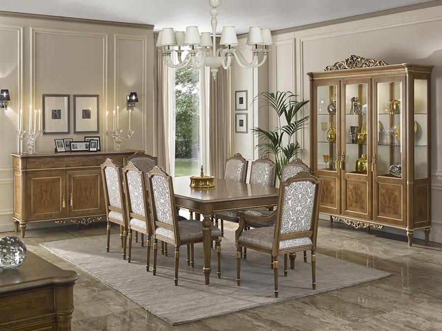 Idee per arredare una sala da pranzo classica n.34