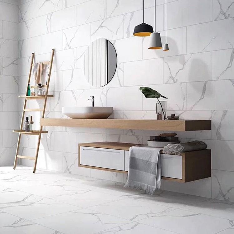 Idee per arredare un bagno in marmo bianco n.22