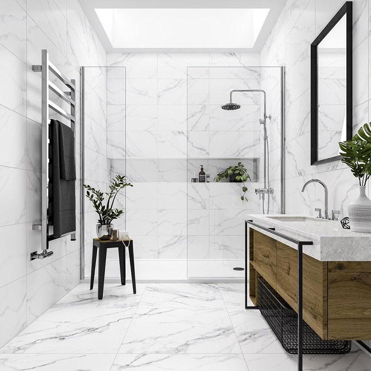 Idee per arredare un bagno in marmo bianco n.25